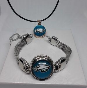 Jewelry - Philadelphia Eagles Necklace and Bracelet set